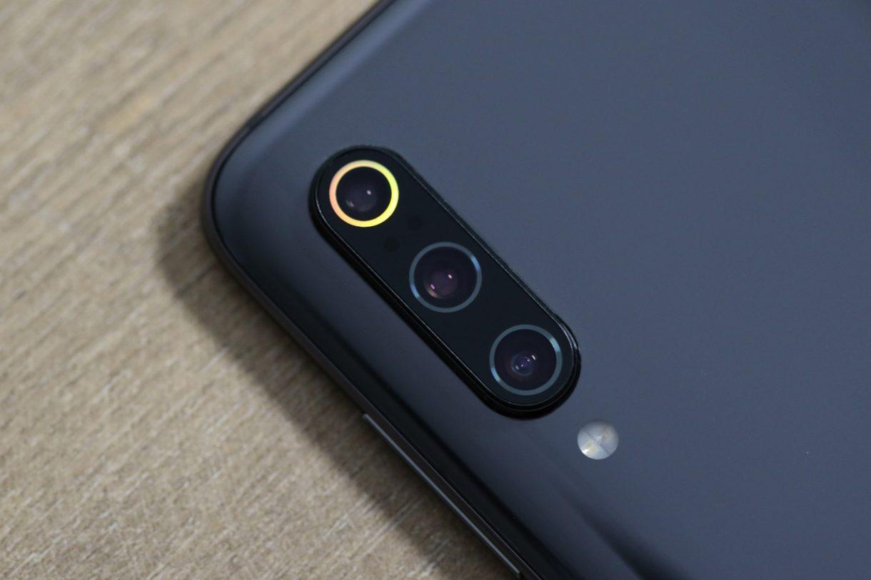 Xiaomi-Mi-9-камера-1220x813