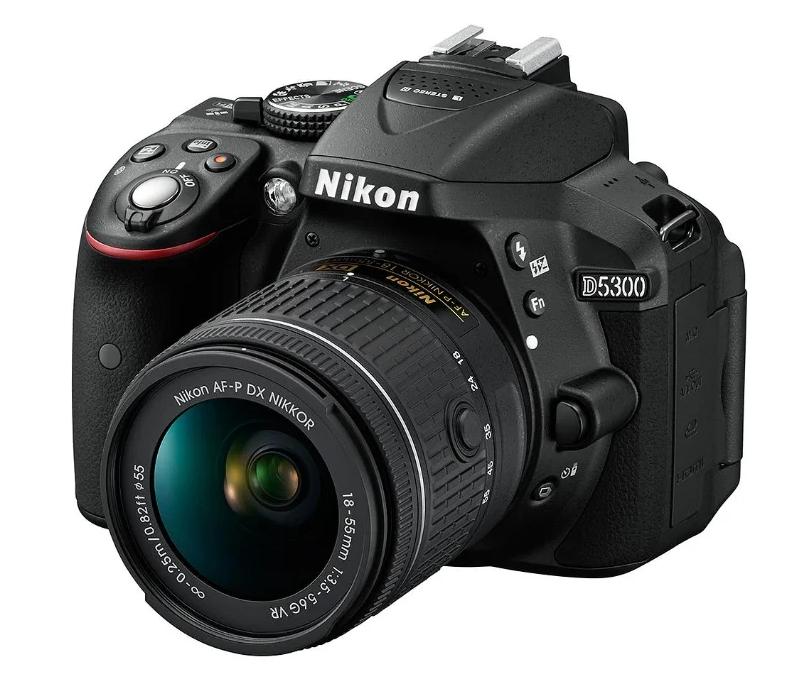 Зеркальный фотоаппарат Nikon D5300 Kit с поворотным экраном
