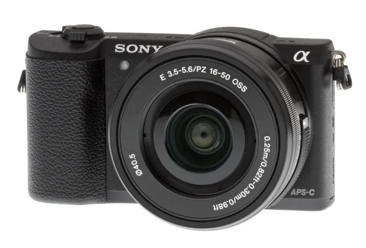 Фотоаппарат со сменной оптикой Sony Alpha ILCE-5100 Kit для начинающих