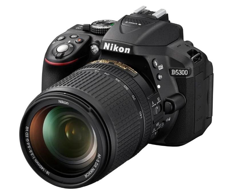 модель Nikon D5300 Kit