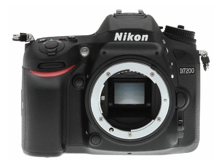 модель Nikon D7200 Body
